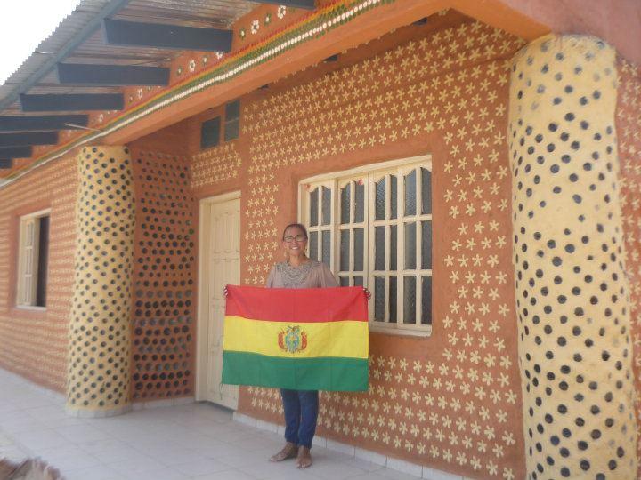 Ingrid Vaca Diez / Projeto Casa de Botelhas