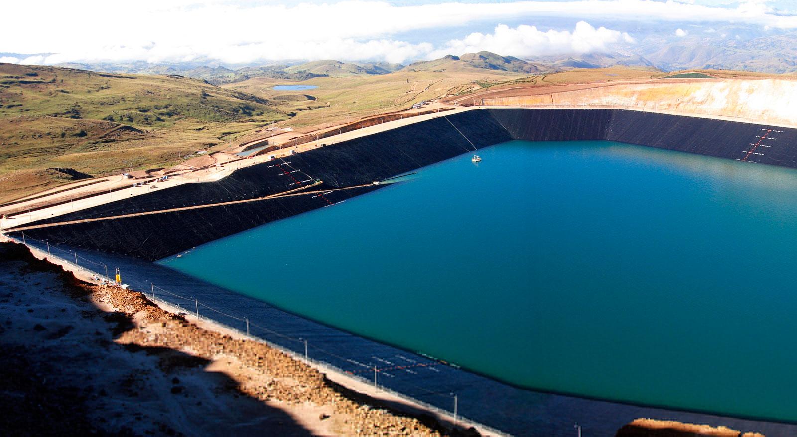Voc sabe para que serve a geomembrana pensamento verde for Geomembrana para estanques de agua