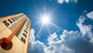foto de termômetro, céu e sol